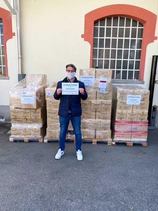 CALCAGNI dona mascherine alla protezione civile emergenza coronavirus