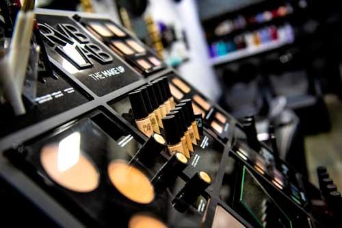 coluccio-makeup