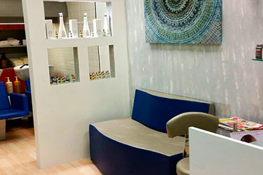 Salone Angela e Monica Adria (RO), mobili sala d'attesa