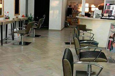 Arredamenti salone parrucchieri Capriccio Acconciature by OM System